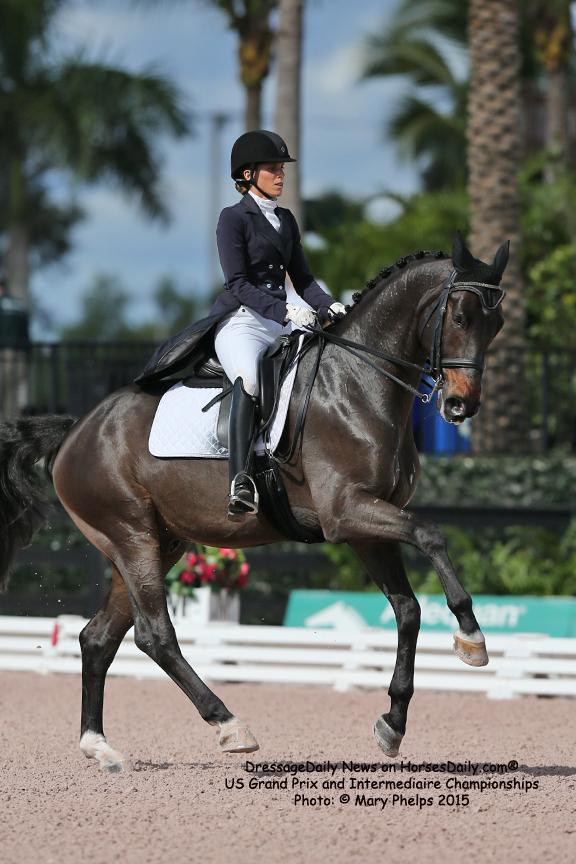 Christina Vinios and Folkstone (Fidertanz x El. Katullika) (Photo: Mary Phelps)