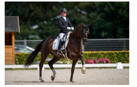Anne-Kathrin Pohlmeier (GER) and Lordswood Dancing Diamond