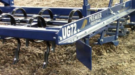 Premier Equestrian's Groomer features the newly advanced Arena Edger™ (Photo courtesy of Premier Equestrian)