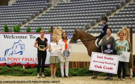 Caroline Passarelli and News Flash, awards presentation pony finals 2016