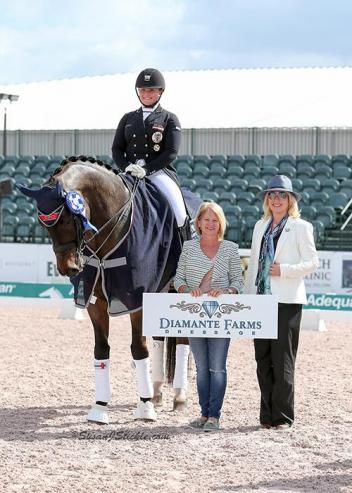 Diana Porsche and Di Sandro in their winning presentation with Terri Kane of Diamante Farms and judge Irina Maknami.