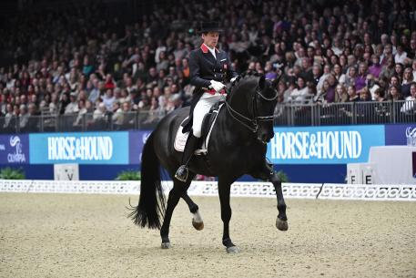 Emile Faurie (GBR) riding Delatio