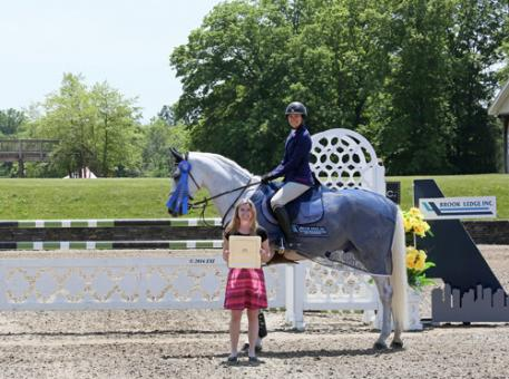Heather Caristo-Williams and Cosmopolitan 30 winning the 0,000 Brook Ledge Open Welcome.