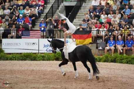 Janika Derks and Carousso Hit (Photo: ©Sportfot)