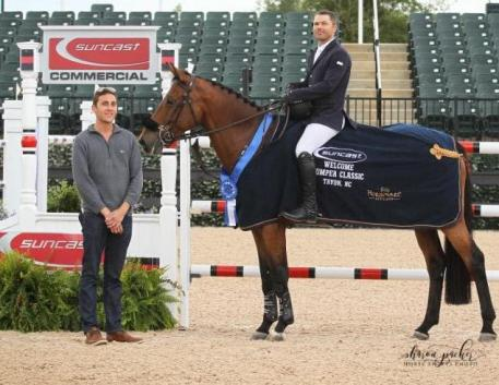 Kent Farrington and Gazelle in their presentation ceremony with Josh Zorn of TIEC.