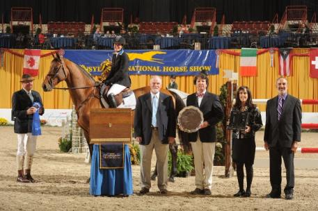Mallory Vale and Mi Phone Win 5,000 Show Jumping Hall of Fame Amateur-Owner Jumper Classic