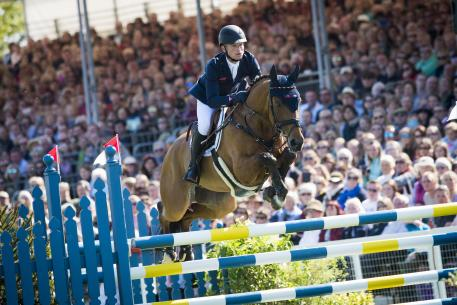 Michael Jung (GER) & La Biosthetique Sam FBW