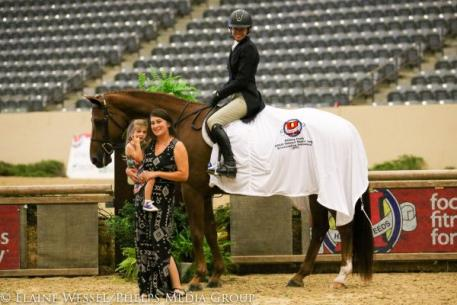 Molly Sewell and El Raymond, Hallway Feeds Leading Rider Presentation