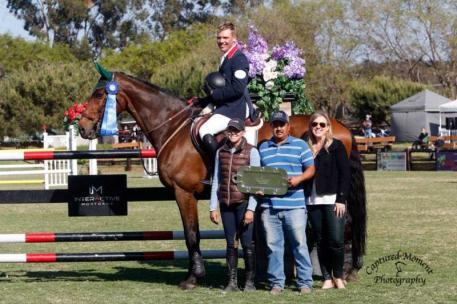 Morgan Dickerson and Disaronno VT with Tasha Visokay, Luis Cervantes and Blenheim EquiSports' Melissa Brandes