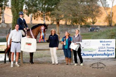 Robert Kellerhouse, Organizer; Jo Whitehouse, CEO USEA; Diane Pitts, President, USEA and Bea di Grazia, YEH Judge, make the Championship awards presentation to Pavi's Sinfandel and Jamie Lawrence