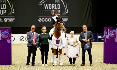 Ulf Helgstrand (president, The Danish Equestrian Federation), Anna Kasprzak (ECCO), Cathrine Dufour and Atterupgaards Cassidy, Susanne Baarup Christensen (president of the ground jury) and Jens Trabjerg (Organizer World Cup Herning)