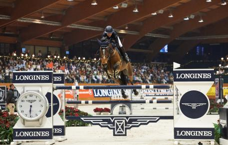 Jane Richard Philips (SUI) flew to second place with Pablo de Virton