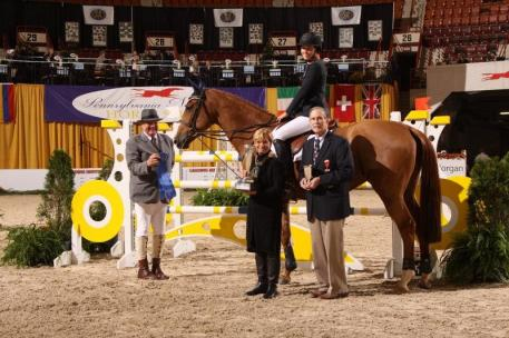 Sophie Simpson and Why Not Win Phase One of Neue Schule/USEF Jr. Jumper Ch.