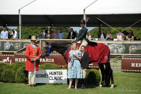 Stephanie Danhakl and Enough Said Win the 0,000 Hermes Hunter Classic