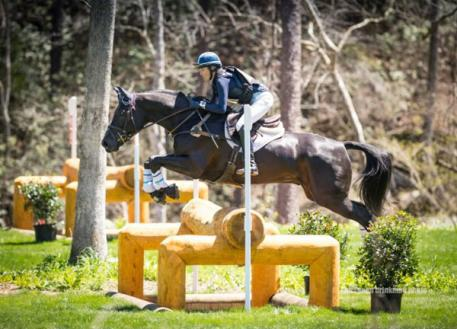 Valerie Vizcarrondo and Favian Rise to Occasion in FEI CIC 1*