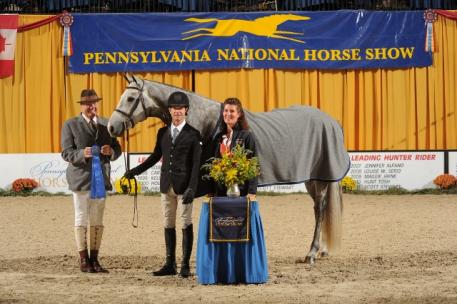 XOXO and Pletcher accept top honors in the 5,000 USHJA Incentive Stake