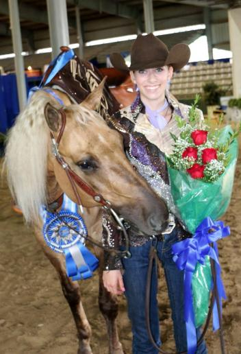 Chandler Winard and Tags Golden Star took home championship honors in both the Level 1 and Level 2 Non Pro Classic Finals. Chandler piloted the 2010 gelding to a 219-point finish earning more than $22,000 in four levels, along with numerous prizes from generous NRBC sponsors.