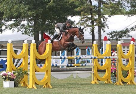Kevin McCarthy and Vernal soaring to victory. Photo by Anne Gittins