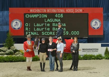 Laurie Barna and Laguna in their winning presentation.  Photo © Shawn McMillen Photography, www.shawnmcmillen.com.