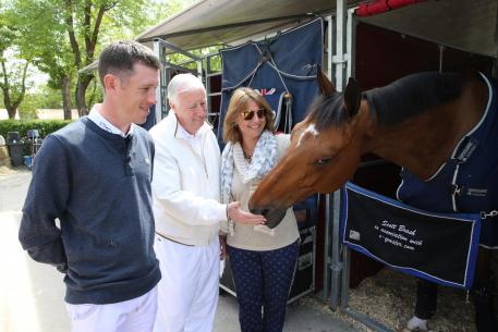 Lord Harris visits his stable superstar, Hello Sanctos, ahead of the Grand Prix.