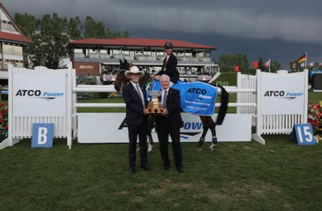 McLain Ward and HH Azur in their winning presentation with George Opocensky, President, ATCO Power, and His Excellency, the Right Honourable David Johnston, Governor   (Photo: Spruce Meadow Media)