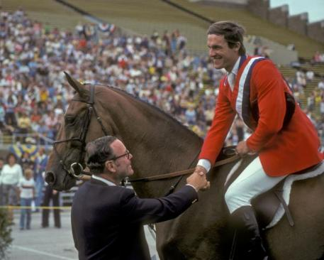 Fitz Dixon congratulates Michael Matz after his win on Jet Run in the 1978 American Gold Cup.