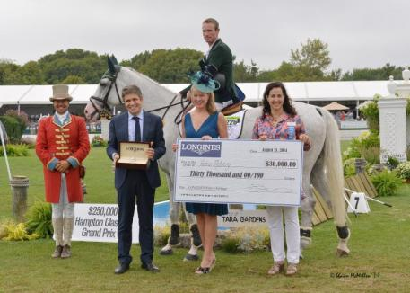 Richard Moloney Recieves Longines Award. Photo by: Shawn McMillen