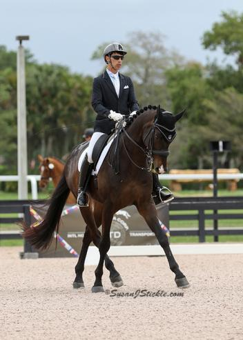 Sahar Daniel Hirosh and Sakramenter, owned by KCR Dressage LLC (Photo: courtesy of SusanJStickle.com)