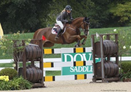 Bagworth hopes to compete Apple in the Artisan Farms Young Rider Grand Prix Series.