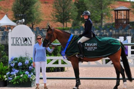 Victoria Colvin and BetterTimes in their awards presentation with Sponsorship Manager Samantha Halperin (Photo: ©BarryKosterPhotography)