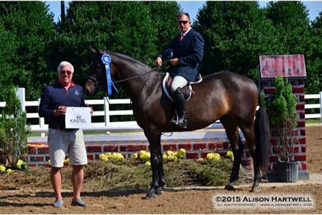 Classic Company President, Bob Bell meets Aaron Vale and Dress Balou in the winner's circle. (Photo: Allison Hartwell)
