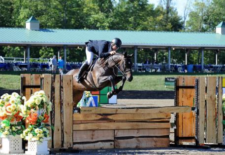Aaron Vale and Dress Balou claim the Diamond Mills $500,000 Hunter Prix Final.©ESI Photography