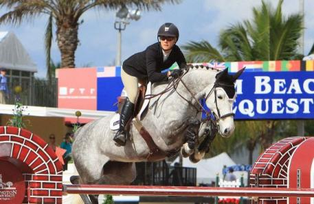 Angela Covert is pictured here competing at WEF on Estar. Photo by Kenneth Kraus.
