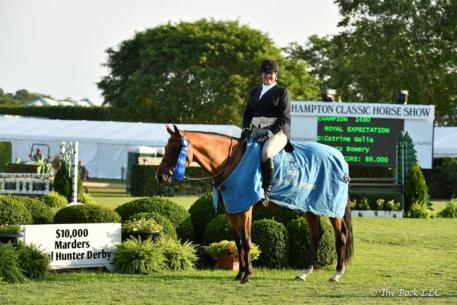 Bridgehampton's Laura Bowery won the 0,000 Marders Local Hunter Derby with Catrine Golia's Royal Expectation, Sunday August 27 at the Hampton Classic Horse Show.