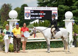 Alexa Aureliano and Woodlands Stevie Ray (Photo: Shawn McMillen Photography)
