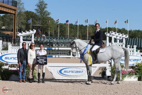 Andres Rodriguez in the presentation ceremony with Tom Tisbo, Jeannie Tisbo, and Lauren Tisbo of Suncast®