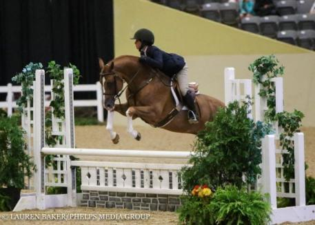 Augusta Iwasaki and Kingston, pony finals 2016