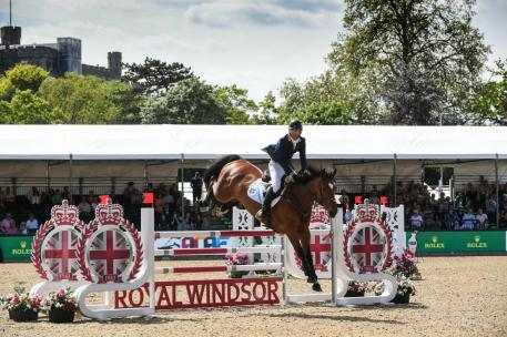 The top twelve six-year-old horses from the Equitop Myoplast Foxhunter qualified for The Walwyn Novice Jumping Championship later in the day, a class which was won by Australian Rowan Willis, riding Hadyvola.
