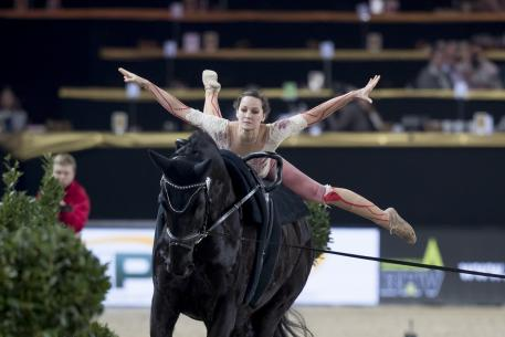 World No. 1, Germany's Kristina Boe, got her FEI World Cup™ Vaulting 2016/2017 campaign off to the perfect start with victory at the fourth leg of the series in Mechelen, Belgium.