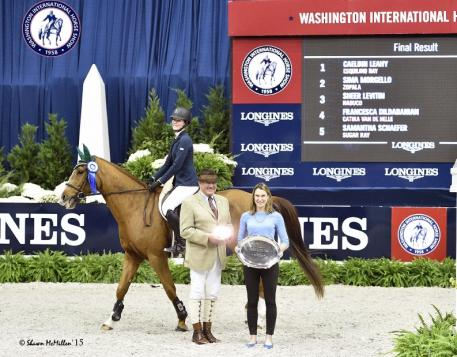 Caelinn Leahy and Esquilino Bay went to the top of the leader board once again as they won the Low Junior Jumper class at the Washington International Horse Show.