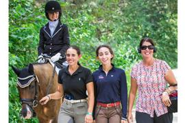 Camille Molten and Mom's Little Lulu wit Ferris Yanny, Hannah Niemy, and Stono River Riding Academy oner/trainer Michelle Folden.