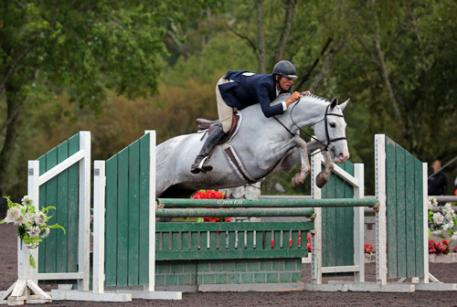 David Wilbur and Adore on their way to a $5,000 Devoucoux Hunter Prix win.