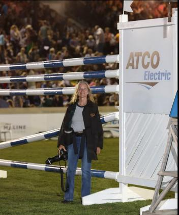 The famous ATCO Electric Circuit Six Bar and Diana DeRosa (Photo: Diana DeRosa)