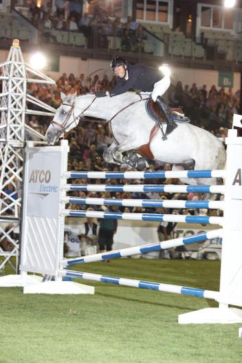 Edwin Smits and Rouge Pierreville clear 1.95m