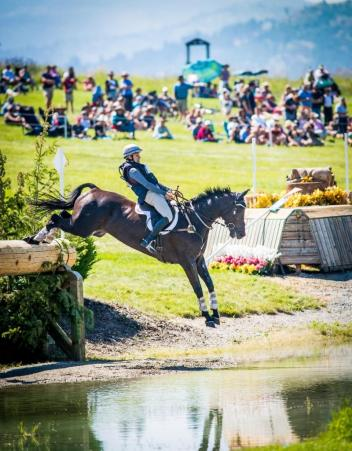 Frankie Thieriot Stutes competing at Rebecca Farm. (Photo: Shannon Brinkman Photography)