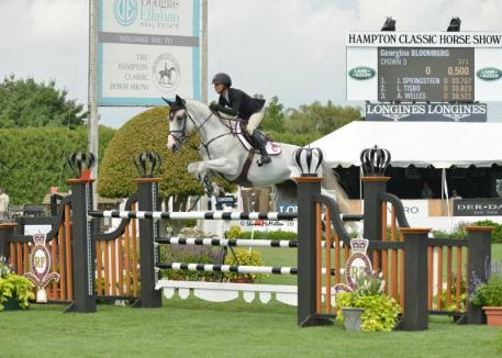Georgina Bloomberg and Crown 5 Win 0,000 Royalton Farms Open Jumper Class