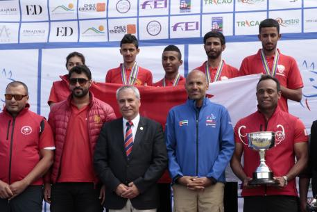 The winning Bahrain team with the FEI President Ingmar De Vos