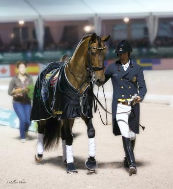 Leaving the arena for the last time. (Photo: Sara Hellner)