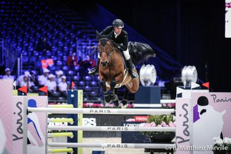 Gregory Cottard (FRA) riding Regate d'Aure during the MASTERS ONE ASIA HORSE WEEK, Longines Masters Paris at Paris Nord Villepinte on November 30th, 2017 in Paris, France.