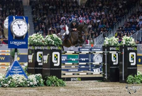 Hardin Towell of the United States conquered the $87,000 GroupBy Big Ben Challenge in front of a sold-out crowd on Saturday, November 11, riding Lucifer V for owner Evergate Stables, LLC, to close out international show jumping competition at the Royal Horse Show in Toronto, ON.
